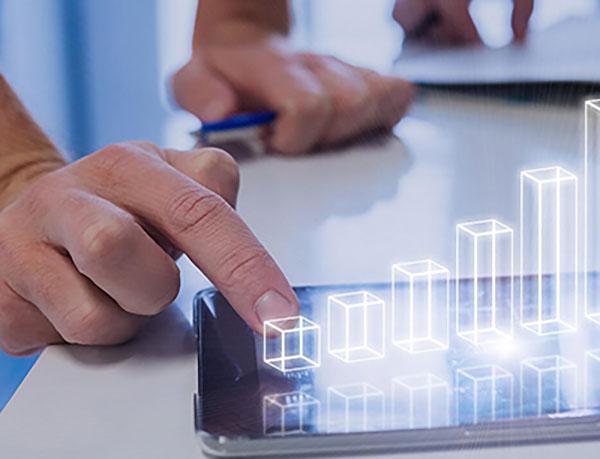 Digitalisierung: Covestro sieht in der digitalen Forschung und Entwicklung ein überdurchschnittliches Wertschöpfungspotenzial und baut diesen Bereich schon seit 2016 konsequent aus.