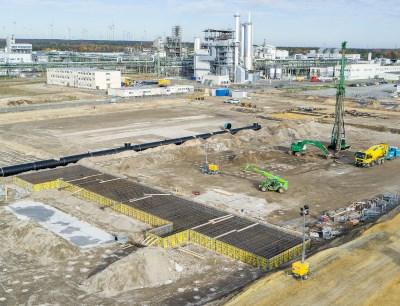Im August 2020 starteten die Bauarbeiten für die neue Anlage für Kathodenmaterialien in Schwarzheide