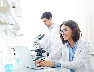 Moderne Hochleistungscomputer erleichtern gerade im Bereich der Molekülsimulationen Arbeitsprozesse signifikant