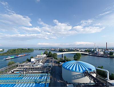Als gemeinsames Pilotprojekt zwischen Samson und Infraserv Wiesbaden werden die Prozesse der Biologischen Abwasserreinigungsanlage optimiert