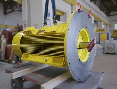 Pumpenmotor mit Sonderflansch für Chemiewerk