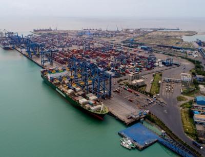 Der Chemie-Komplex ist am Hafen von Mundra im indischen Bundesstaat Gujarat geplant