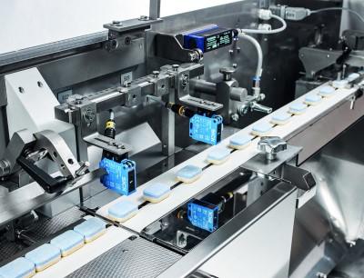 Für die kontinuierliche Zuführung ist die FPC5 mit Sensoren ausgestattet, die den Produktfluss erkennt und sich automatisch reguliert