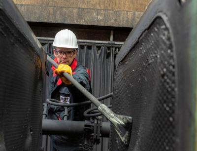 Lanxess setzt den Ausbau der Produktion von synthetischen Eisenoxidpigmenten fort, die das Unternehmen als weltweit einziger Anbieter im so genannten Laux-Verfahren produziert, Bild: Lanxess