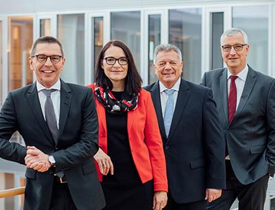 Geschäftsführung des Zeppelin Konzerns (v.l.n.r.): Christian Dummler, Alexandra Mebus, Michael Heidemann, Peter Gerstmann