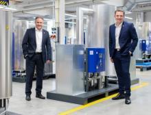 Norbert Strack (links) und Yannick Koch bilden die neue Geschäftsführung von Beko Technologies