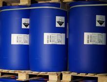 Bei der GHS-konformen Kennzeichnung seiner chemischen Erzeugnisse vertraut Lanxess auf die Technik von Bluhm Systeme.