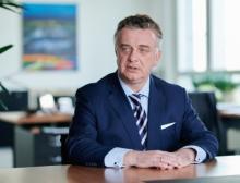 Evonik-Chef Christian Kullmann wird fünf weitere Jahre an der Spitze des Spezialchemiekonzerns stehen