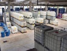 Die Chemiebranche hat ihre eigenen Herausforderungen und strenge Sicherheitsrichtlinien die Verpackung betreffend
