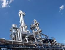 In einem vierstufigen Destillationsprozess bereitet die Richard Geiss GmbH am Firmensitz in Offingen Lösemittel für die Bayer AG auf