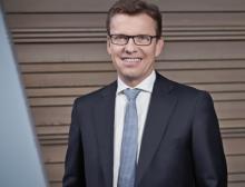Jürgen Nowicki als Sprecher der VDMA Arbeitsgemeinschaft Großanlagenbau bestätigt