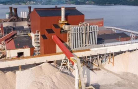 Wacker nimmt neue Produktionsanlage für Siliciummetall in Norwegen in Betrieb